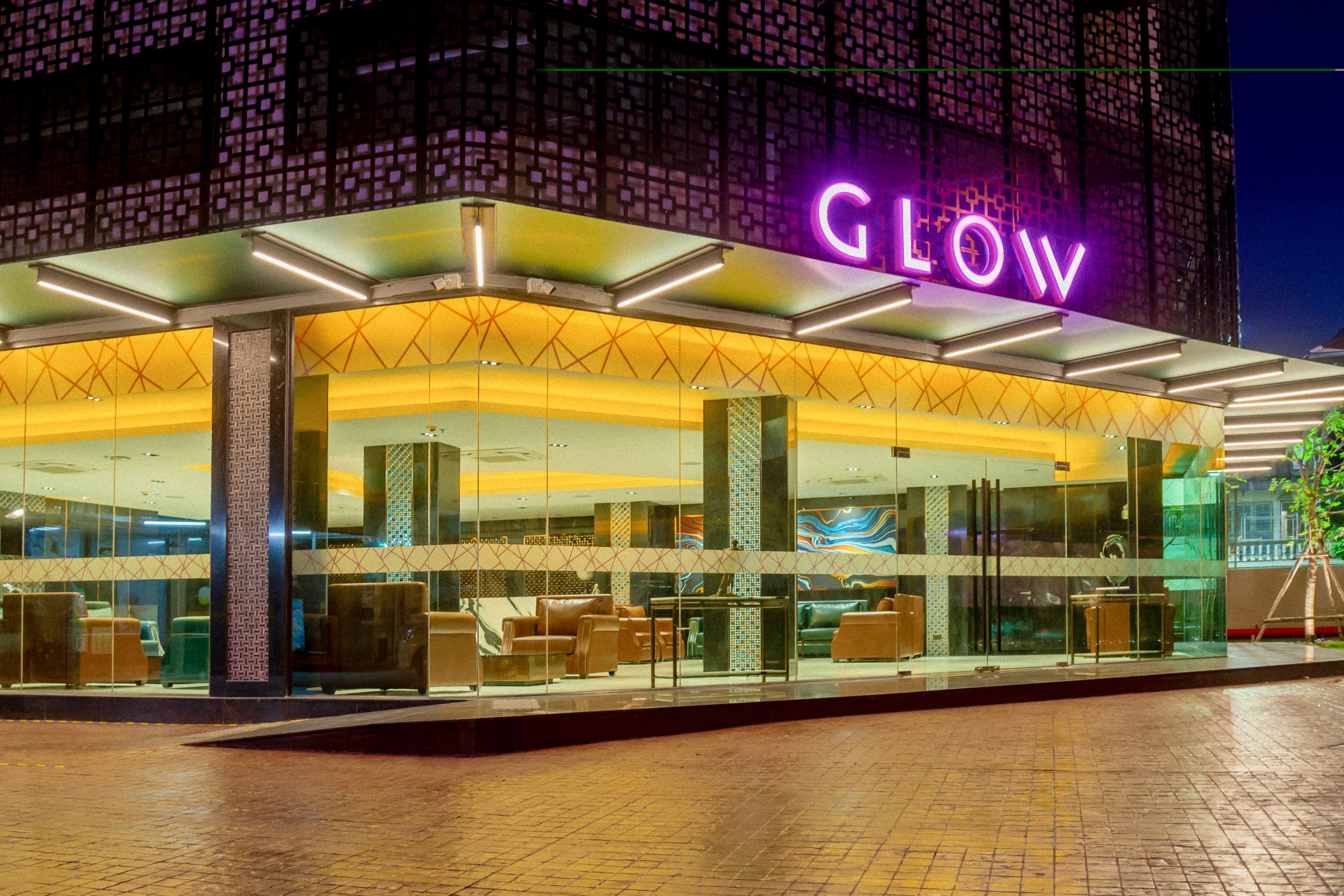 GLOW Pattaya